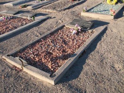 Stewart, Lucinda - grave2